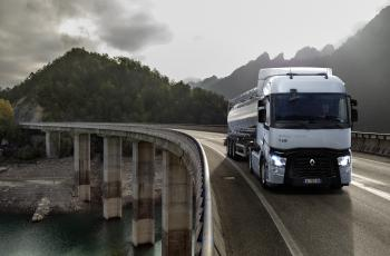 Renault Trucks T High