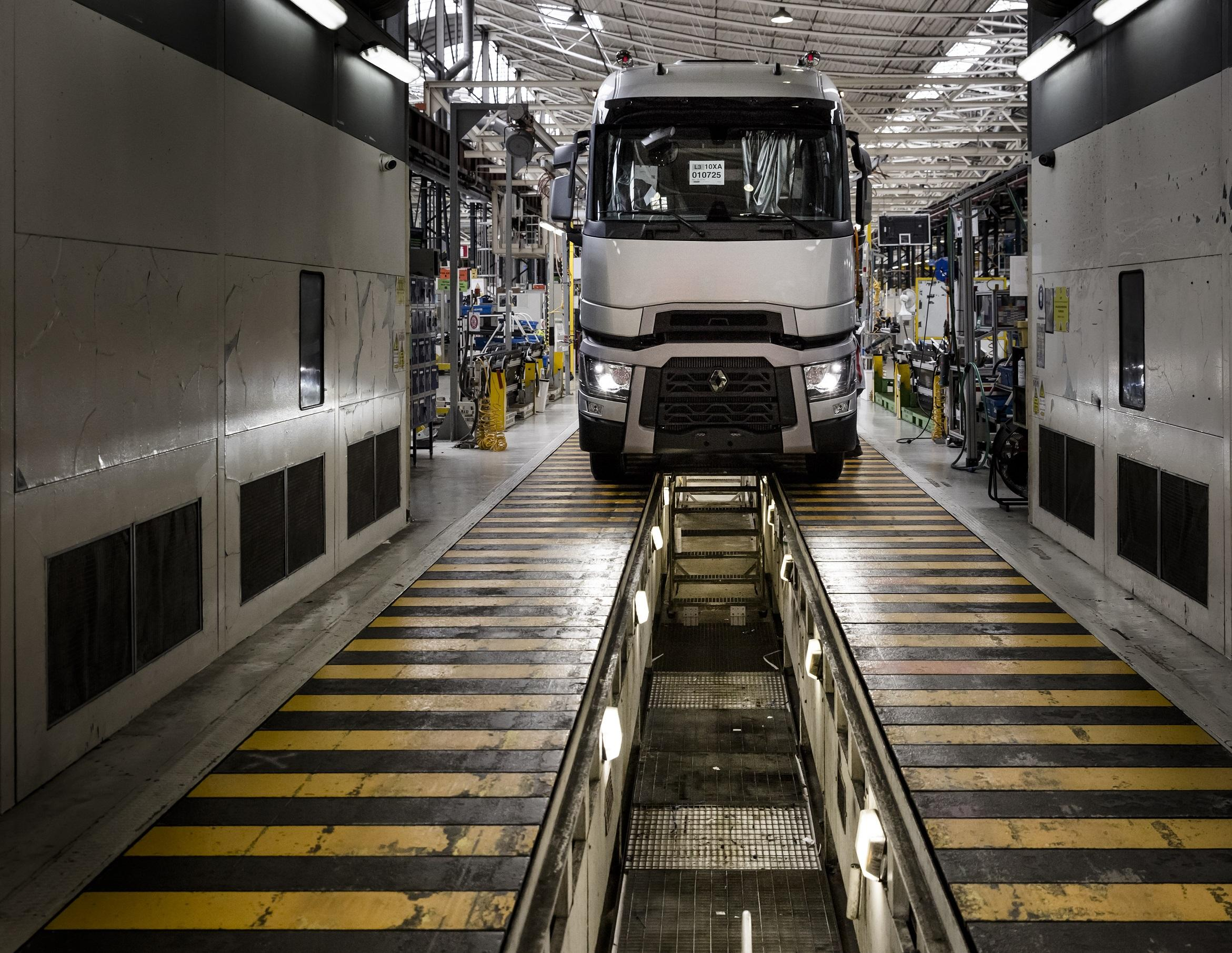 Renault Trucks-assemblage-assembly